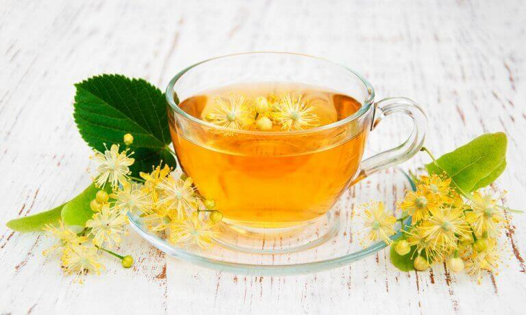 Te på limeblomma