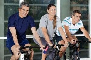 träning för folk över 40