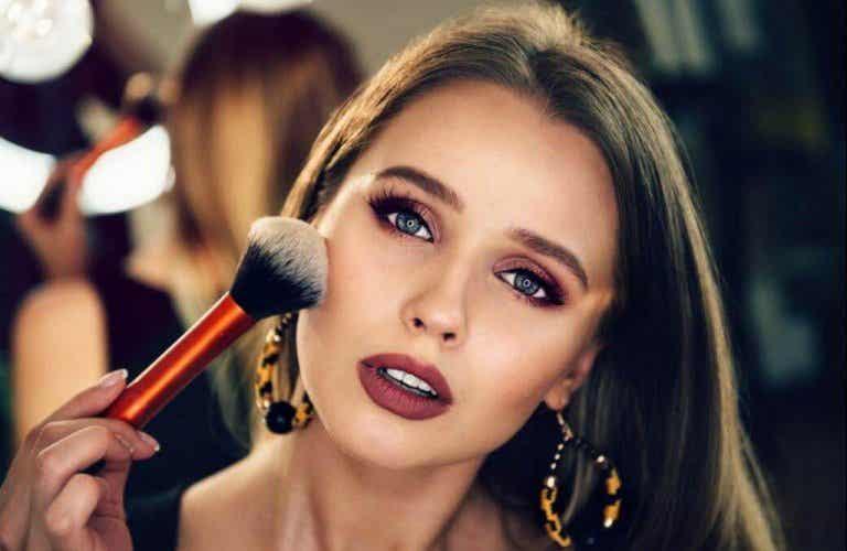 Makeup för nybörjare - följ 7enkla steg
