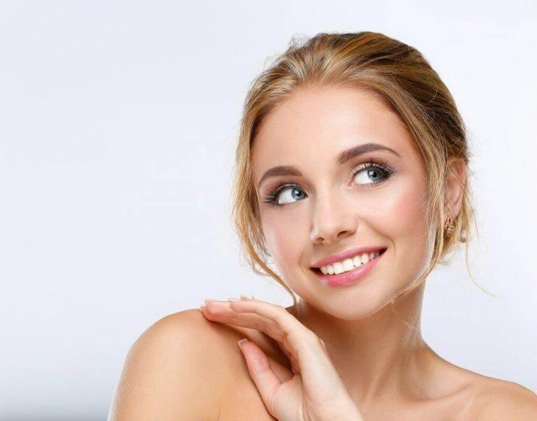 Eyelinern är det knepigaste steget för makeup för nybörjare
