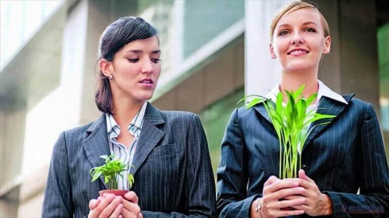 Kvinnor med växter