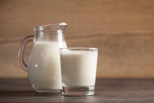 Mjölk för rengöring