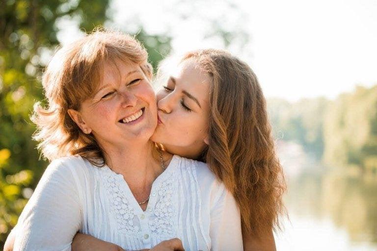 Hur skapar man starka band mellan mor och dotter?