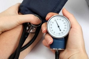 Motverka högt blodtryck naturligt