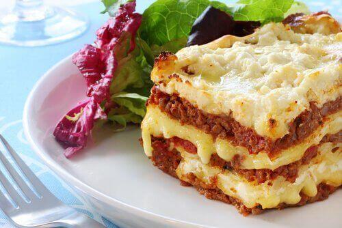 Två enkla sätt att göra lasagne