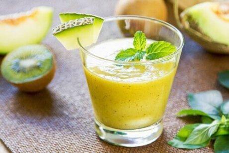 Melon hjälper till att återställa kroppens syrabalans
