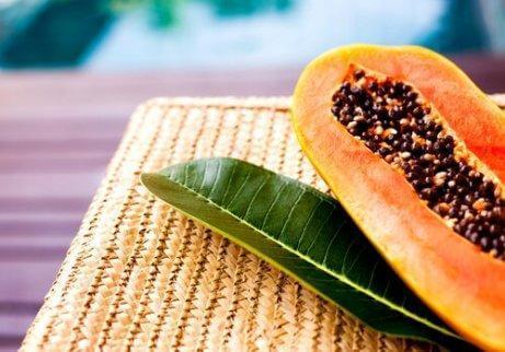 Att äta papayakärnor ökar förbränningen
