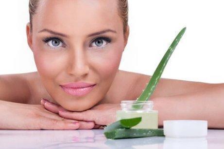 5 härliga fördelar med aloe vera för huden
