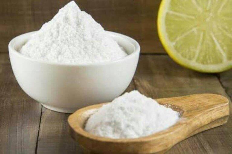 Bakpulver och citron tar kål på mjällen