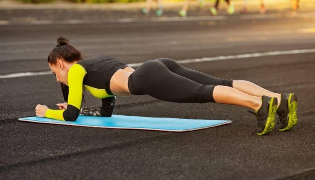 Med plankan kan du få perfekta magrutor