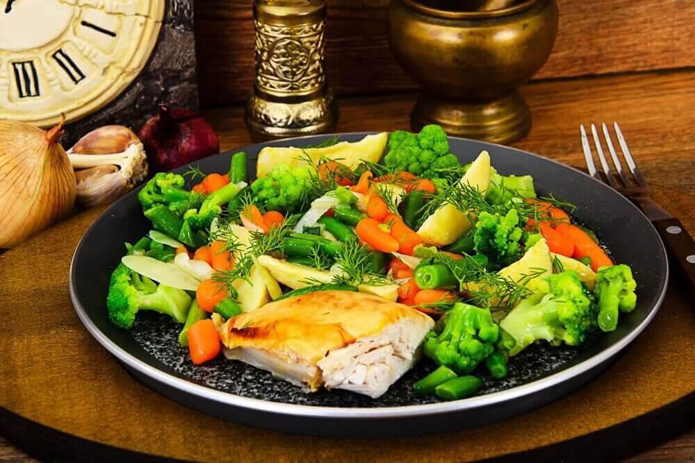 2 olika recept med ångkokta grönsaker