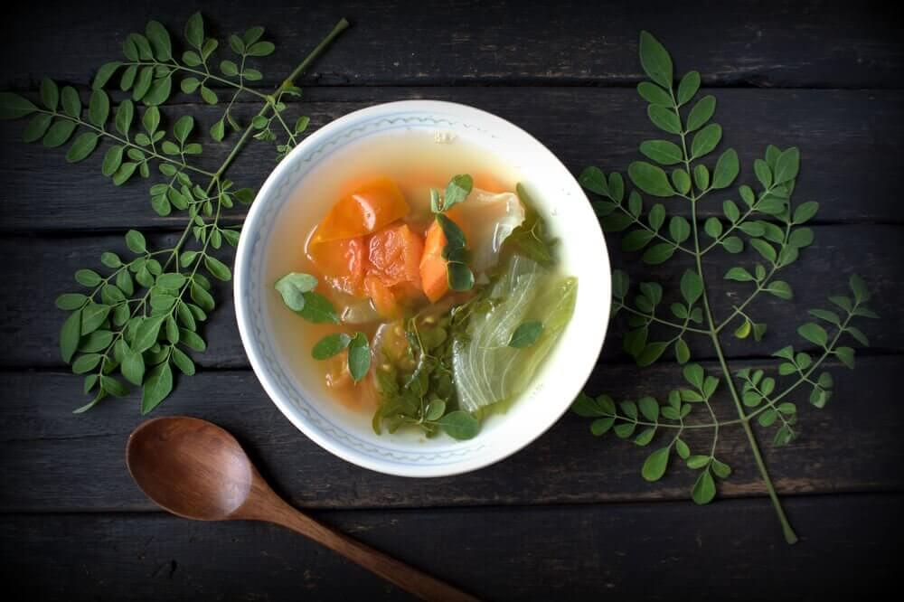 Enkel grönsakssoppa