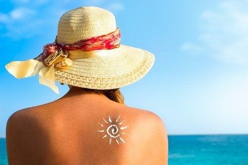 Kvinna i solen