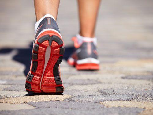 Promenera för att minska suget.