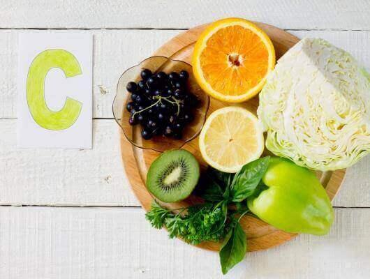 Vitamin C finns i citrus