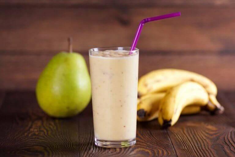 Banan- och päronsmoothie