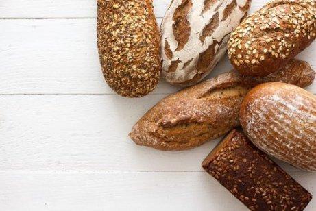 Fullkornsbröd innehåller mer näring
