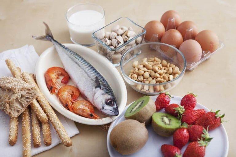 De vanligaste livsmedelsallergierna uppstår oftast i tidig barndom.