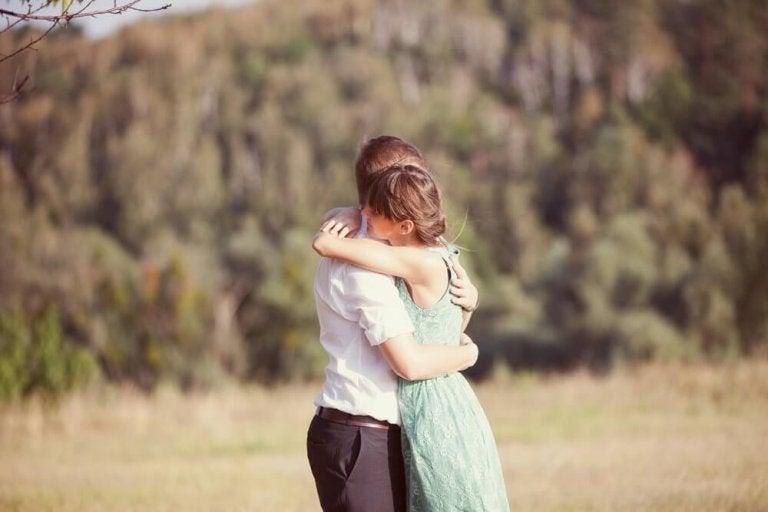 6 fantastiska fördelar med kramar du inte visste om