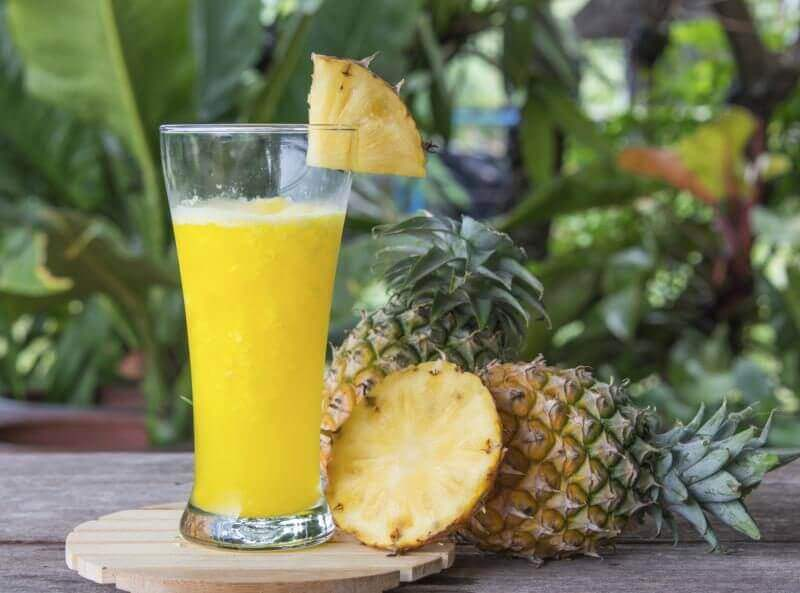 Smoothie med ananas.
