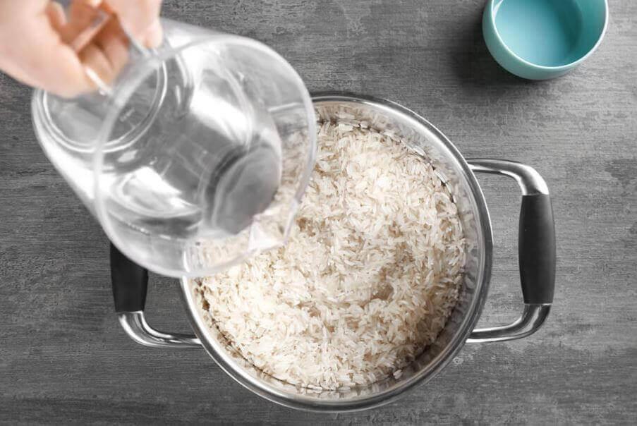 Tillagning av ris.