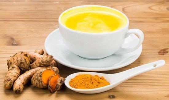 Gurkmeja i te är en bland många antiinflammatoriska huskurer