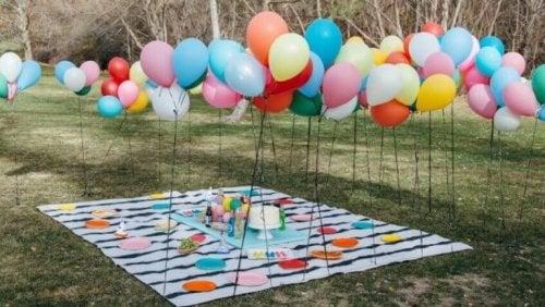 Ballonger utomhus.