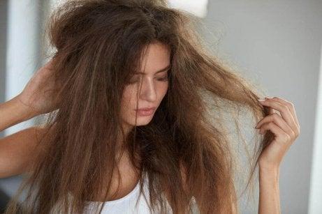 medel mot frissigt hår