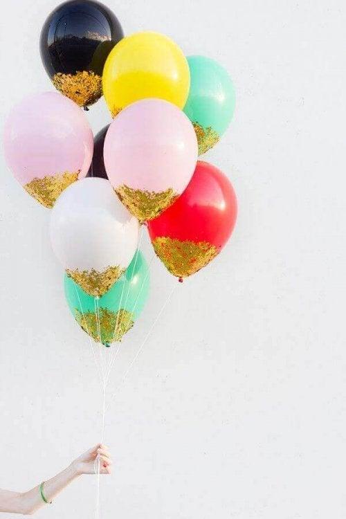 Ballonger med glitter.