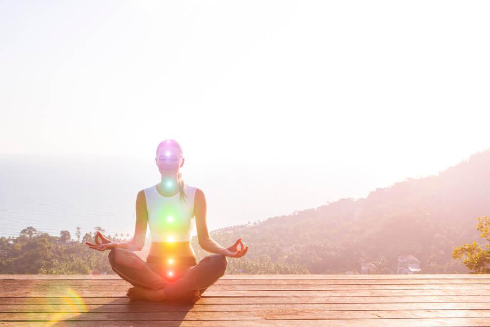 Att förstärka dina chakran: kroppens energicentrum