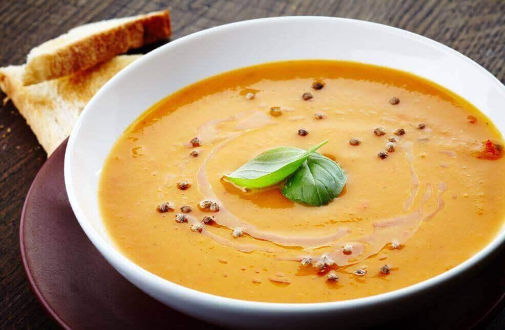 De bästa recepten på krämig grönsakssoppa