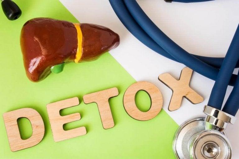Allt du behöver veta om dieter som avgiftar levern