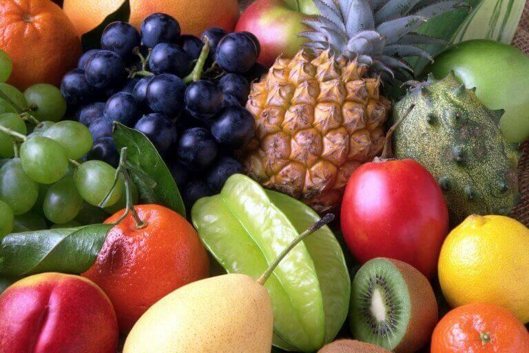 Frukter och bär.
