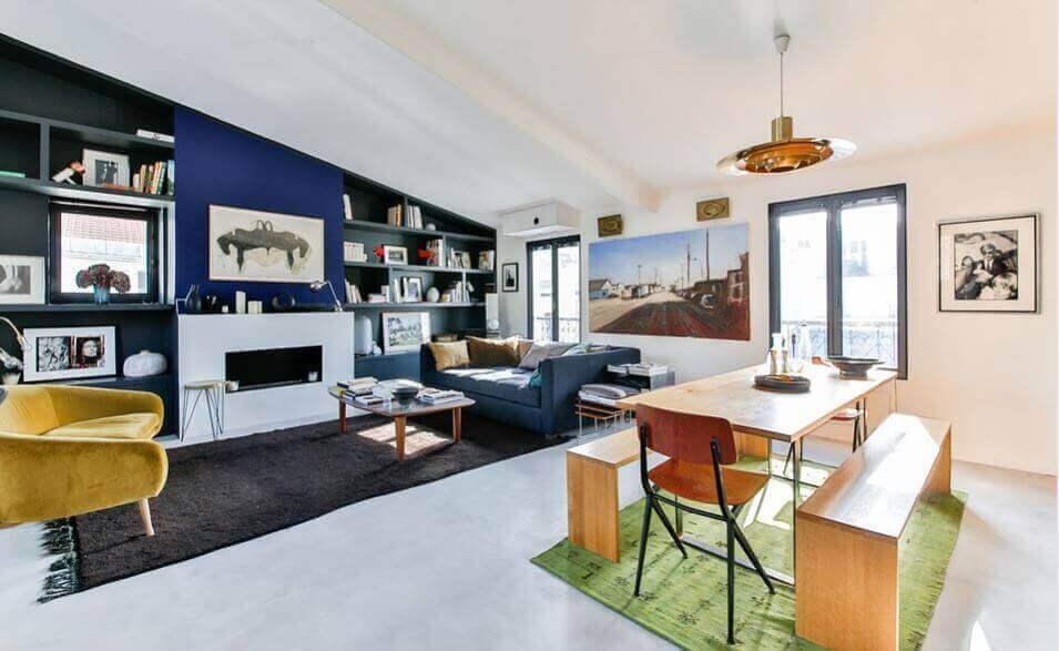 Rum med minimalistisk livsstil.