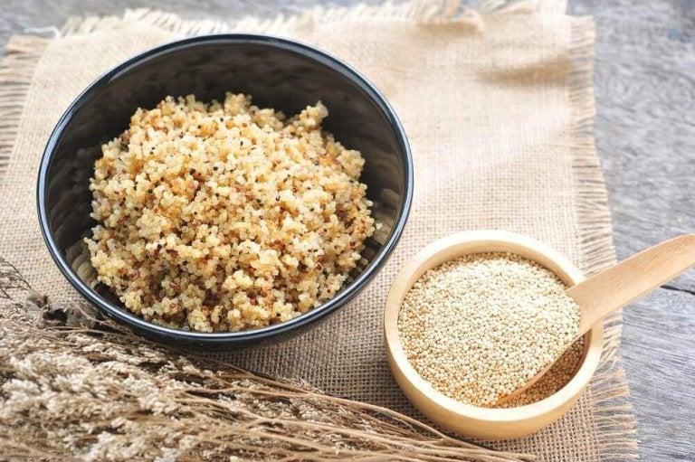 Gå ner i vikt med quinoa: vilka är fördelarna?