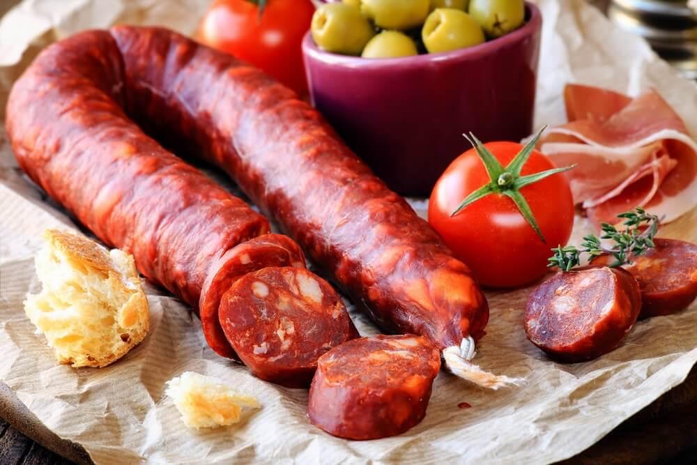 Chorizo och oliver.