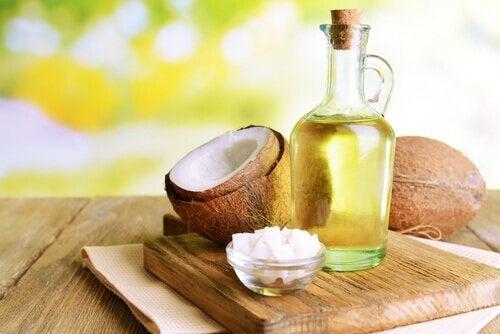 Kokosnöt och flaska.