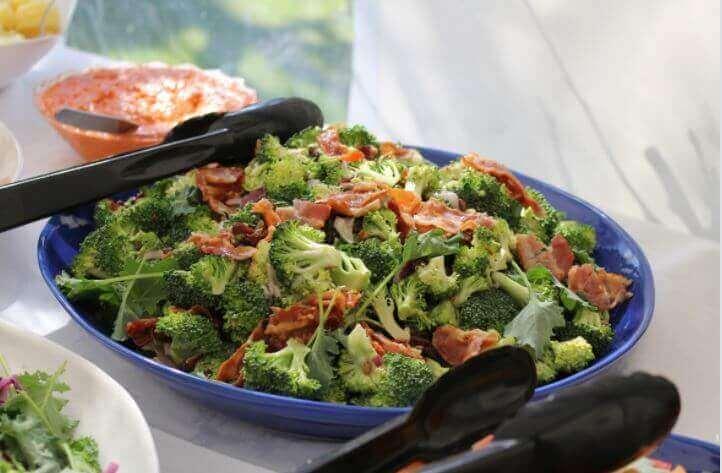 Laga gratäng med broccoli och skinka
