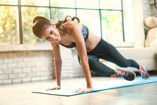 7 effektiva övningar för sexiga ben