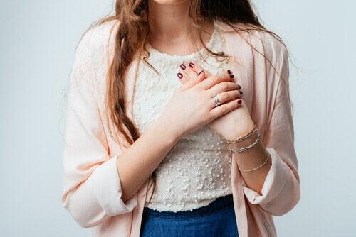 Svullnad i leder kan vara ett tecken på hjärtsjukdom