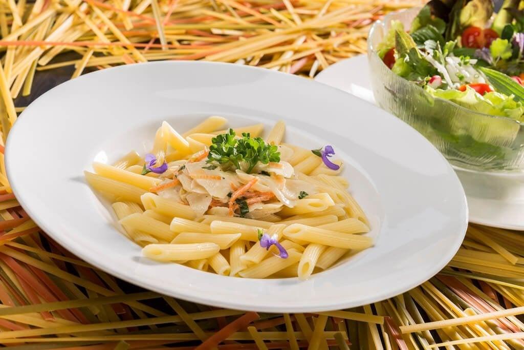 Så lagar du en krämig pasta utan grädde eller ost