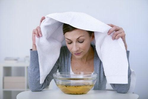 Använd lagerblad i ångbad