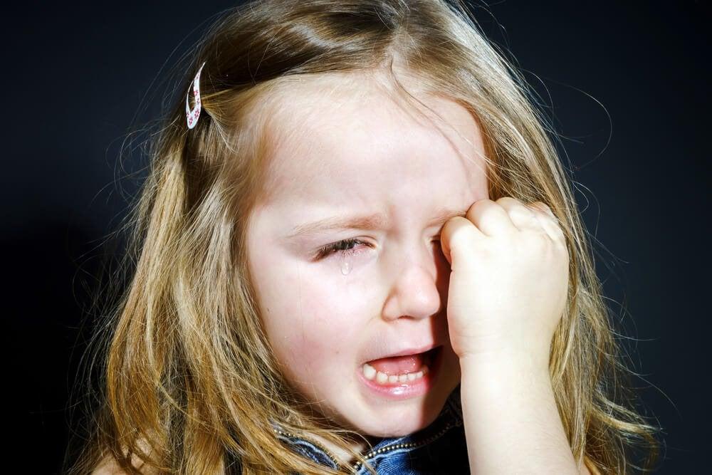 Ett barn som gråter