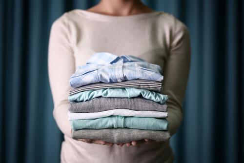 Långa blusar döljer magen