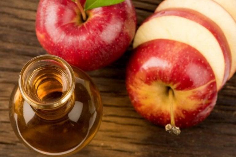 Äppelcidervinäger för att sänka kolesterol och blodsocker
