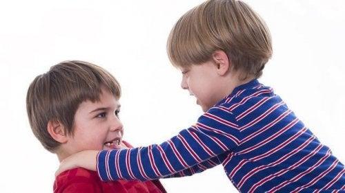 Barn som vill ha kärlek ställer ofta till med scener