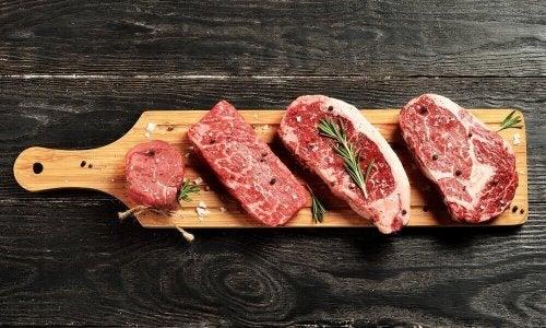 Ta ut köttet från kylskåpet en stund innan du ska tillaga det