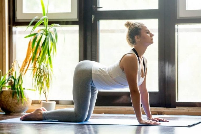 Yogaövningar mot ryggont - 5 effektiva positioner