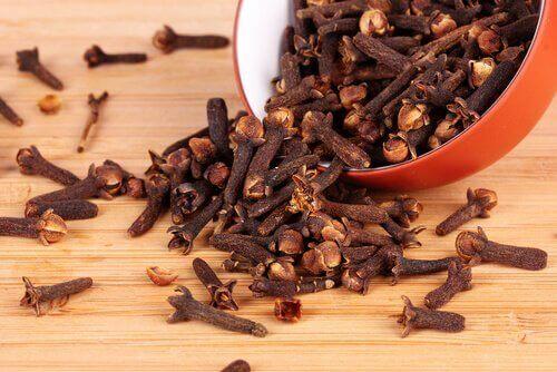 Kryddnejlika lindrar klimakteriets symptom