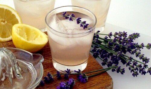 Lavendel och citron.